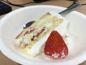 切ったケーキ